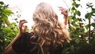 تساقط الشعر عند النساء ما هي أسبابه وأفضل الطرق لعلاجه