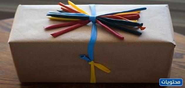 تغليف الهدايا بالبالونات